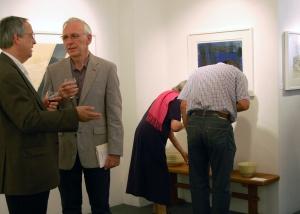 Alan Livingston and Geoffrey Bertram discussing Barns otu