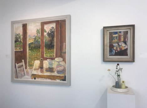 FrontGallery_001